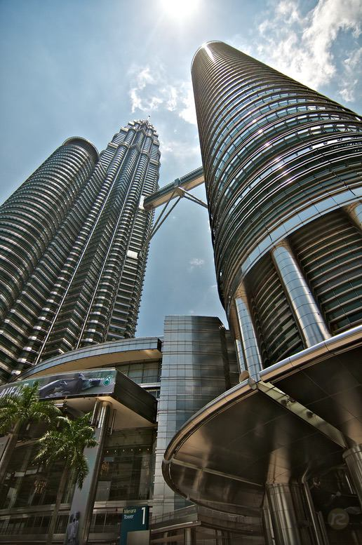 Twin Towers in KL, Malaysia – by René Sputh
